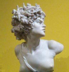MARCELLO, femme artiste entre cour et bohème